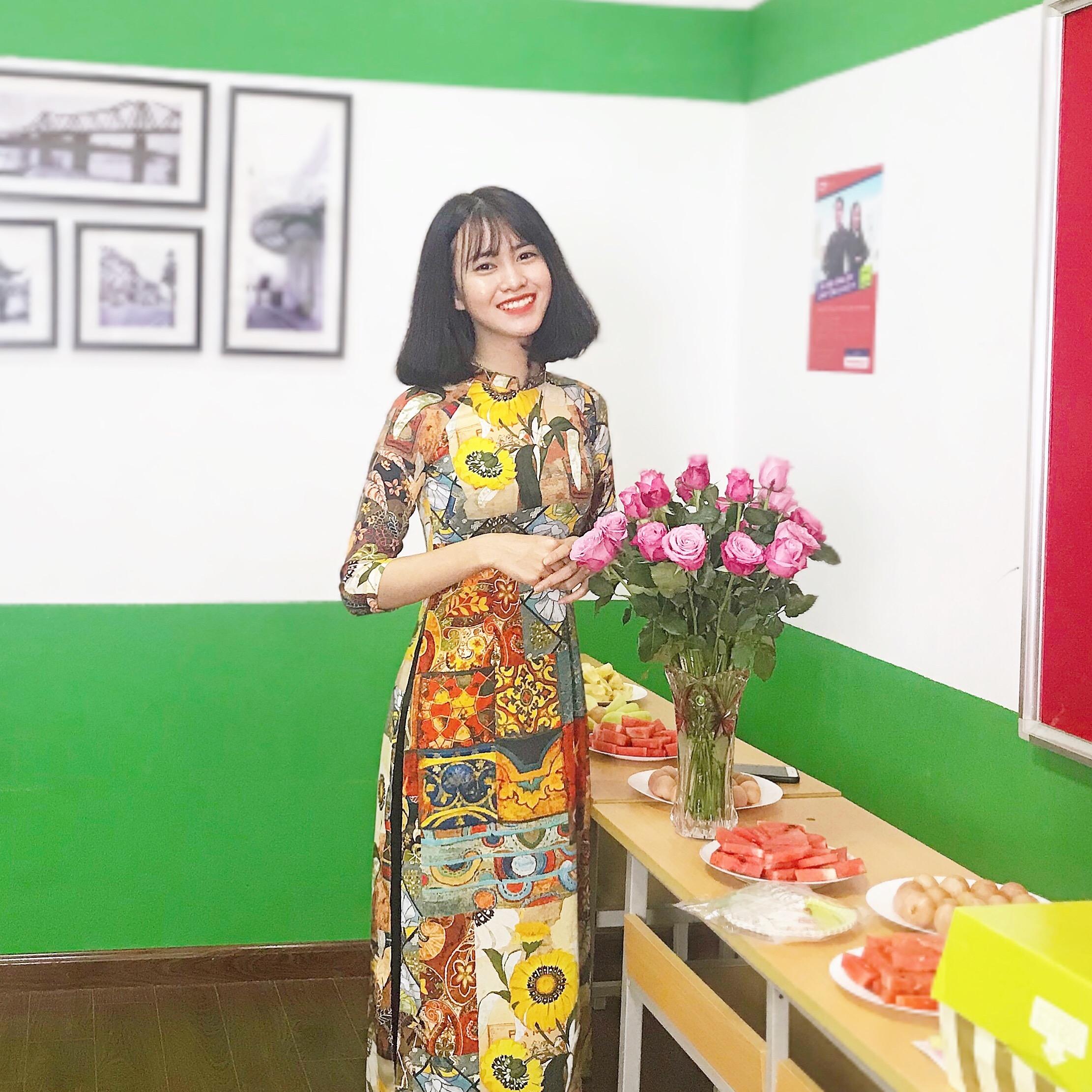 Trần Thị Hồng Thắm (1998 ĐH Sư phạm HN) - vô trách nhiệm