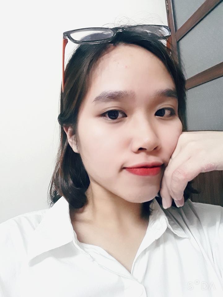 Nguyễn Thị Khánh Hằng (1999 - ĐH Kinh tế quốc dân)