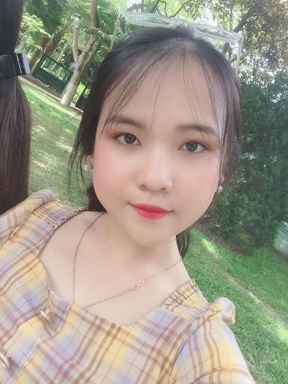 Nguyễn Thị Hồng Hạnh (2000 - ĐH Giáo dục Quốc gia)