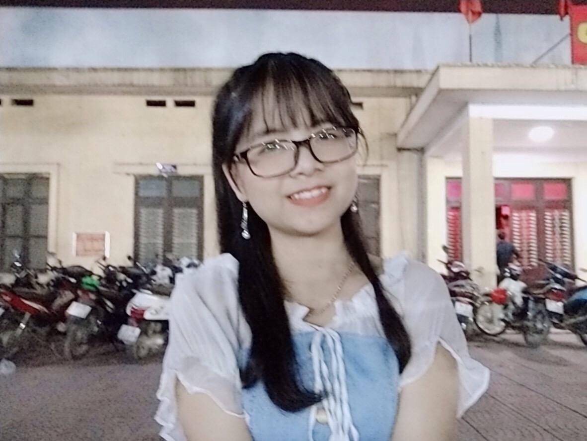 Nguyễn Thị Mỵ (1999 - ĐH Hà Nội)